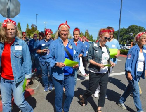 Grocery workers ready to walk in 3 states