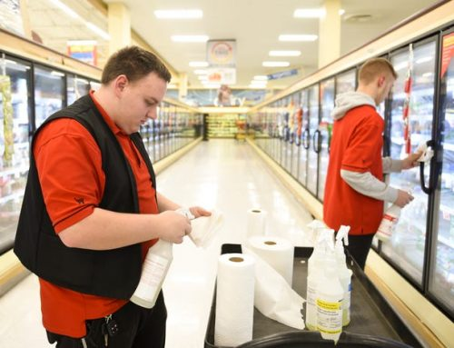 On the front lines of the pandemic, grocery workers are in the dark about risks